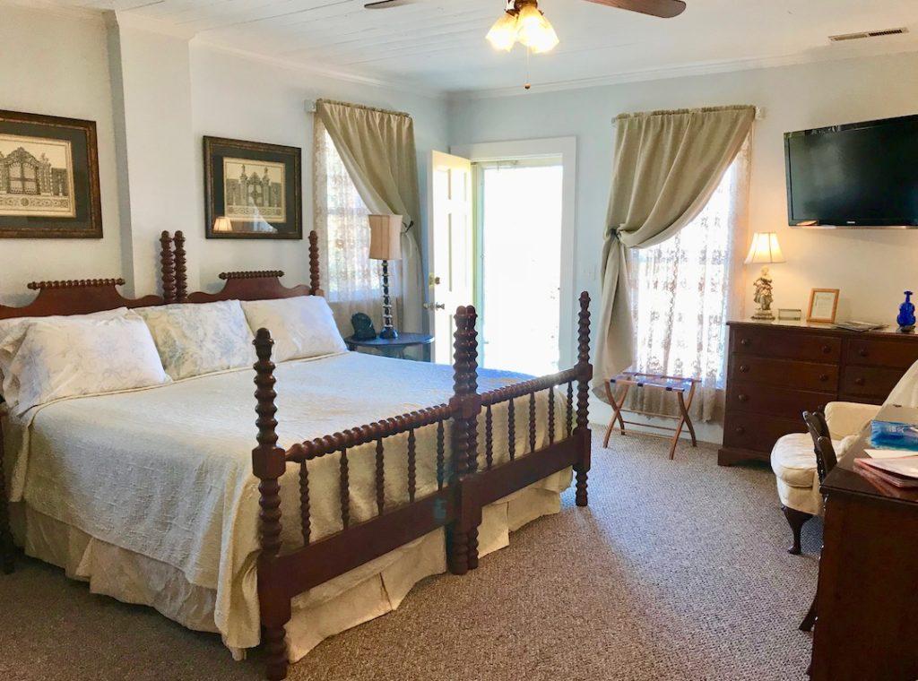 Bechtler Room at Carrier Houses